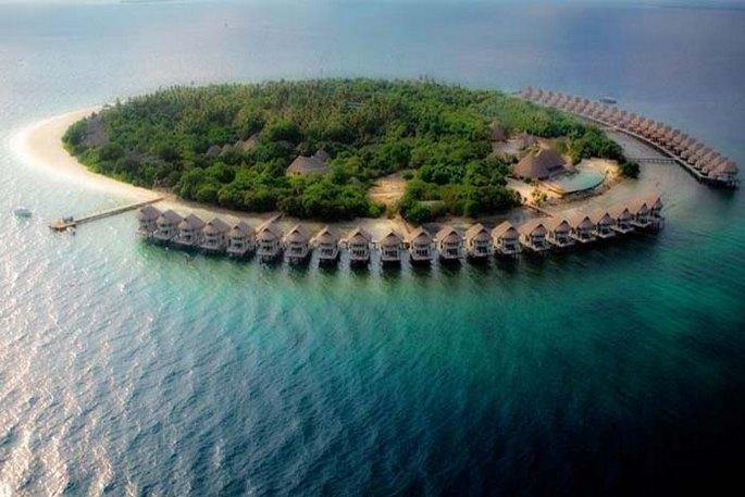 J Resort Alidhoo 5*